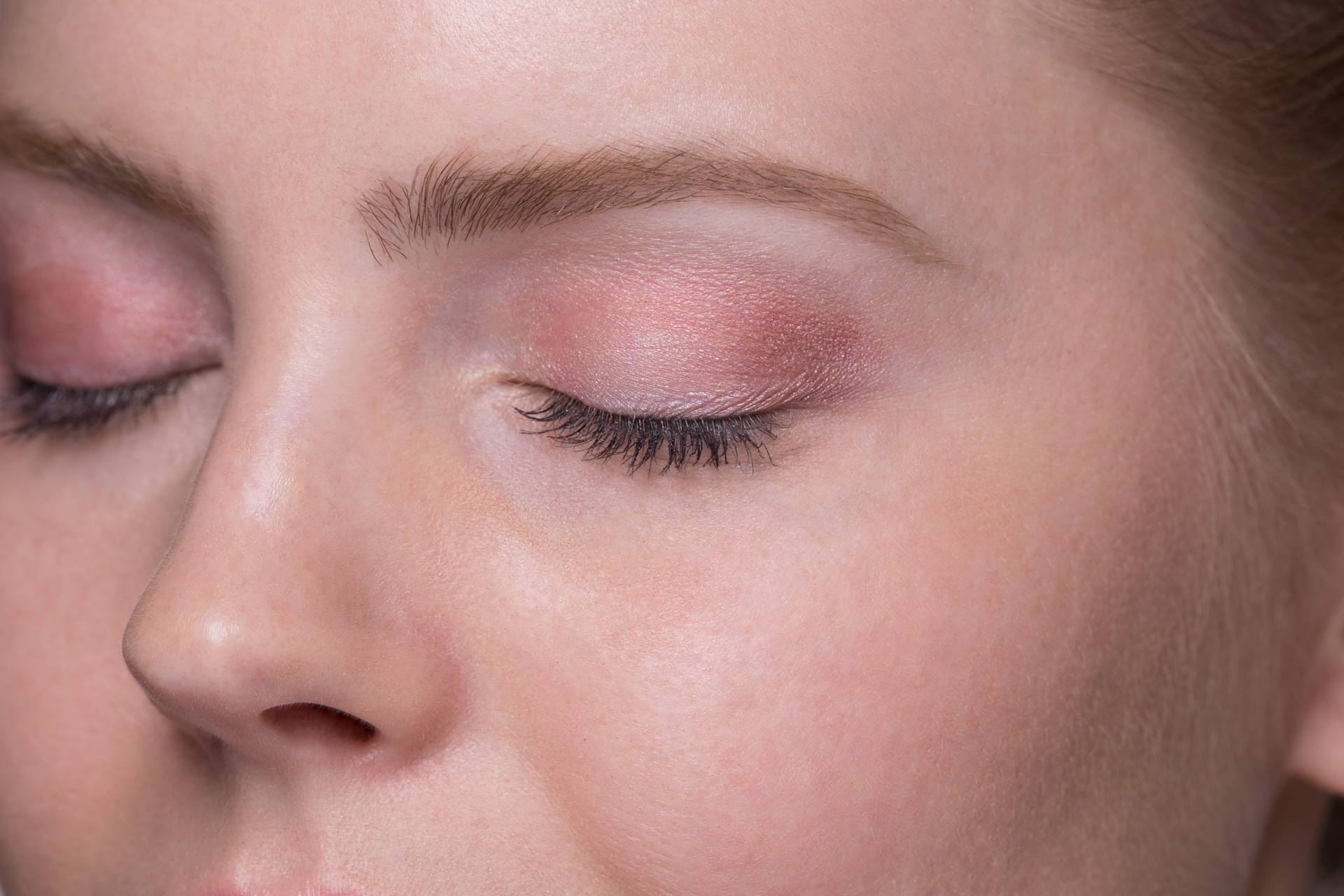 how to make bright eyes make-up box – essence makeup